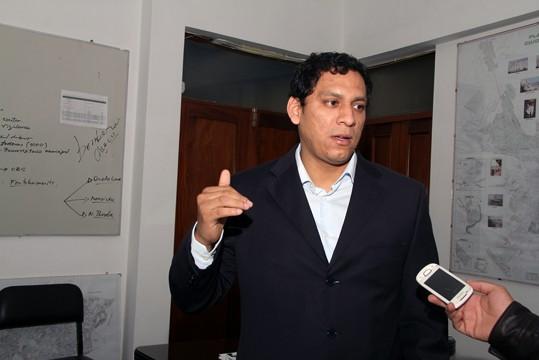 Luis Valdez Farías